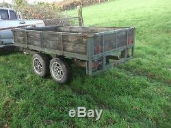 11 ft x 5 ft TWIN AXLE TRAILER