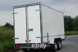 BOX TRAILER 10ft x 5ft x 5ft TWIN AXLE 2700KG 3M X 1,5M KNOTT SUSPENSION