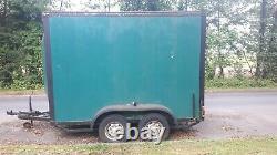 Box Trailer 10x7x5 feet Twin Axle