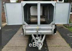 Box Trailer Twin Axle 8.2 Ft x 4.2 Ft Hitch Key Lock and Wheel Clamp Drop Ramp