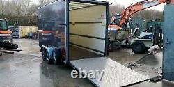 Box trailer twin axle braked