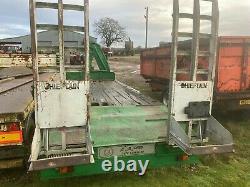 Chieftain Twin Axle Low Loader 26ft. Flotation wheels. Farm trailer c/w HIAB