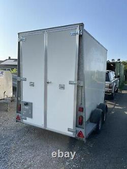 Ifor Williams BV105G 7 Twin Axle Box Van Trailer 2700kg