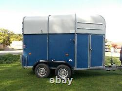 Richardson supreme 2000 twin axle trailer 2 horse brakes overhauled new tyres