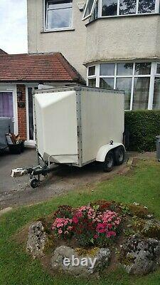Twin Axle Box Trailer Tow-A-Van Water Tight 10ft x 4ft Good condition