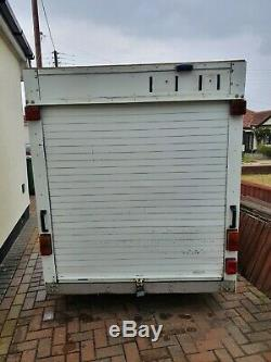 Twin axle box trailer with roller shutter 9' x 5' x 5