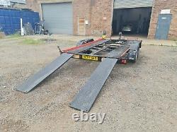 Twin axle car trailer spares or repair, needs repair/replace one of axles