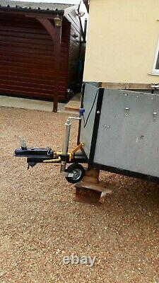 Twin axle trailer used