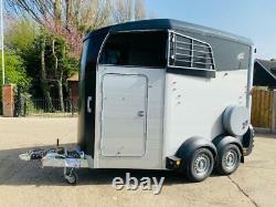 Unused 2020 Ifor Williams Hbx506 Twin Axle Horse Box C/w Saddle Storage