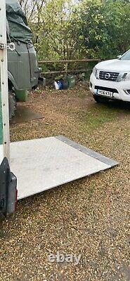 Used twin axle box trailers