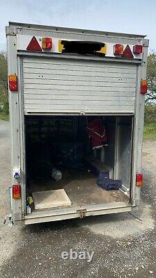 10ft X 5ft Boîte Remorque Twin Axle Nouvelles Portes Latérales Roller Door