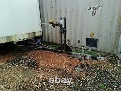 22foot 2600kg Remorque De Bateau Twin 1300kg Knott Avonride Axes Freins De Travail