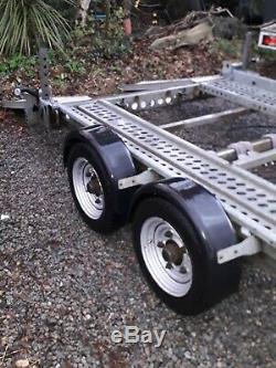 Brian James Transporteur De Remorque Double Essieu De Série Land Rover 3500 KG 1 2 3 90 2a