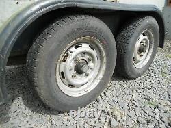 Double Axle 3 Tonne Trailer En Métal Avec Grue Hydraulique No Vat
