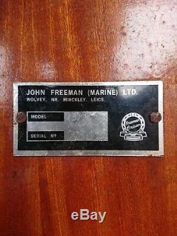 Freeman 23 Cruiser Rivière Et Deux Essieux Remorque