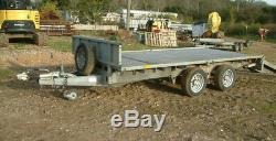 Ifor Williams 2.5ton Double Axle Flat Bed Remorque Intégré Ramps 12in Roues
