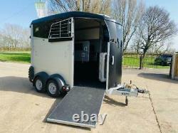 Inutilisé 2020 Ifor Williams Hbx506 Twin Axle Horse Box C/w Saddle Storage