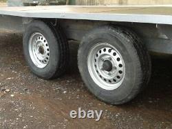 Lit Plat Beaver Tail Trailer Transporter 3500kg Essieu Jumeau, Avec Rampes De Chargement