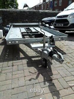 Prg, Remorque/transporteur De Voitures Double Axle En Excellent État
