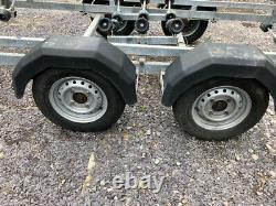 Remorque De Bateau Snipe Twin Axle 7.5 Metre En Bon État