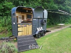 Remorque De Cheval Converti Mobile Bar Prosecco Gin Event Show Wedding Garden Party