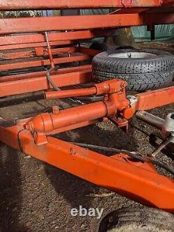 Remorque De Transporteur De Voiture À Queue De Castor Twin Lit Tilt Bed Avec Treuil. S'adapte Dans Le Garage
