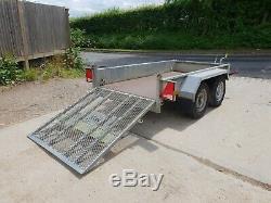 Remorque Mini-excavatrice Indespension Ad2000 2012 À Double Essieu 2012 £ 1050 + Tva