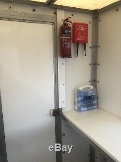 Remorque Mobile Catering Burger Van / Unité Double Essieu Pièces De Rechange Ou De Réparation