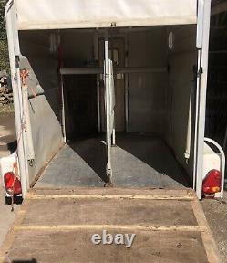 Sinclair Twin Axle Horse Box Remorque Projet De Conversion Idéale Nr Brighton