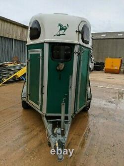 Trailer De Cheval Brised Twin Axle Nancy Cheval Leicestershire