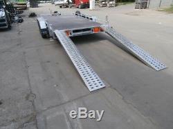Transporteur De Voiture À Plat 2700kg Double Essieu 13.1ft X 6.4ft